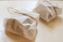 Parchment-Paper-Wrapped-Bread